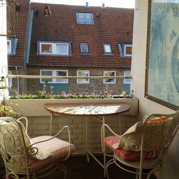 2, 2000 Frederiksberg